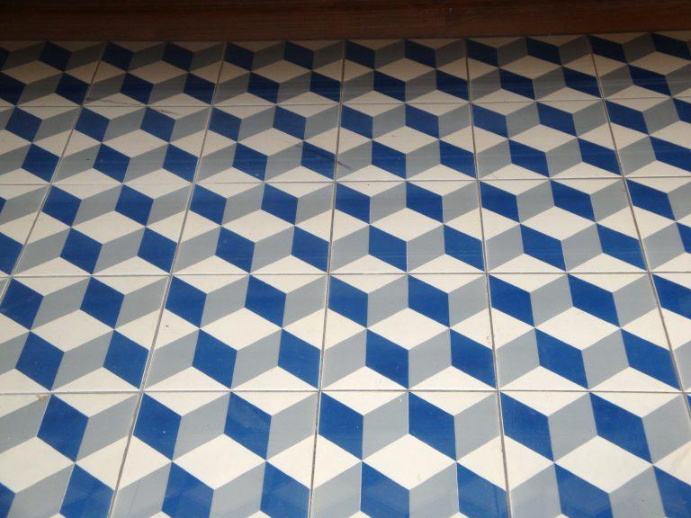 geometric tile 2