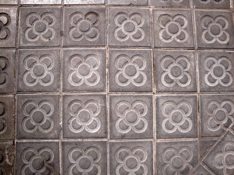 paving tile flower